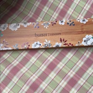 Butter London natural goddess palette
